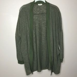 URBAN OUTFITTERS ARMY GREEN CARDIGAN W/ POCKETS